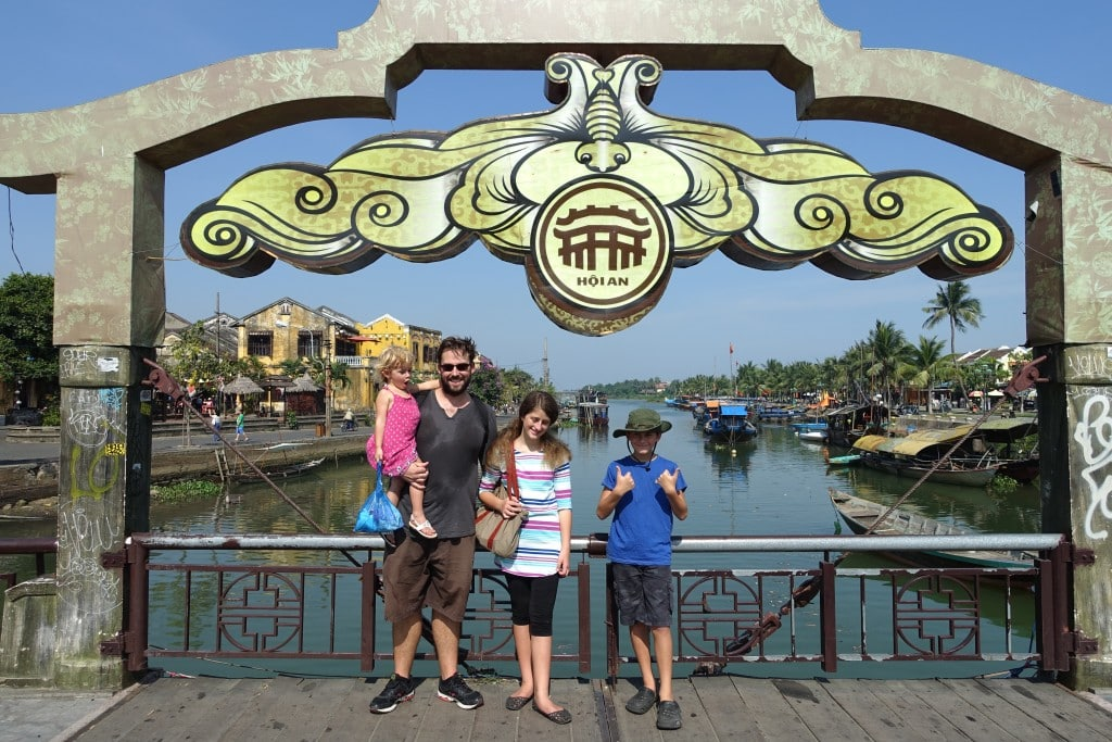 World Travel For Under $100 A Day With 3 Kids? Yes You Can!
